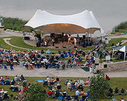 Outdoor Concert at Sears Centre